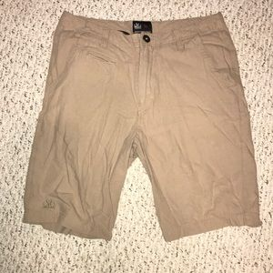 beige cotton short